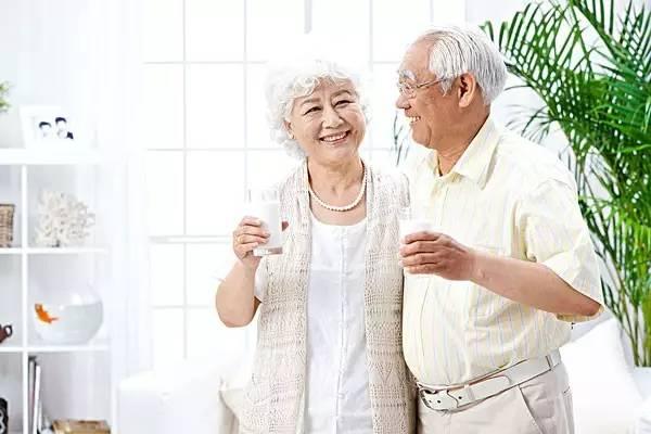 老年人羊奶粉哪个品牌好?